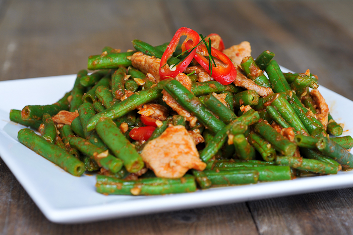 Stir Fried Pork and Green Beans with Chili Paste | Pad Prik King Moo ...