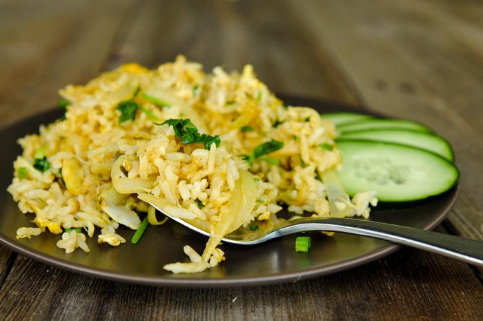 Crab Curry Fried Rice | Khao Pad Boo Garee | ข้าวผัดปูกะหรี่