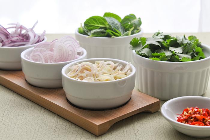 Spicy Grilled Shrimp Salad | Pla Goong | พล่ากุ้ง