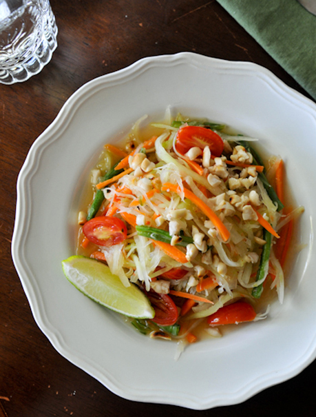 Green Papaya and Carrot Salad | Som Tam Carrot | ส้มตำแครอท